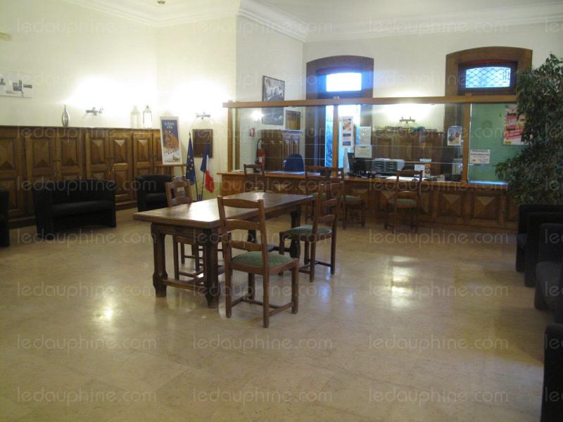 C-est-dans-le-hall-d-accueil-actuel-que-les-nouveaux-bureaux-seront-amenages-1483471055