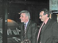 Bros_tour_eiffel_2006_1